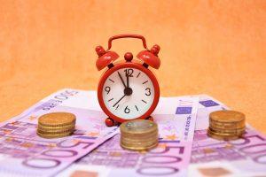 שעון וכספים