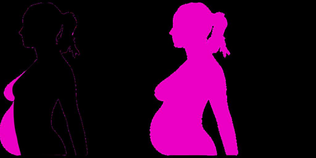 אישה לאחר לידה