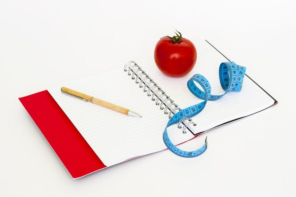 מטר עגבניה ועט
